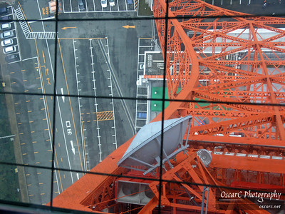 Looking through the floor of Tokyo Tower