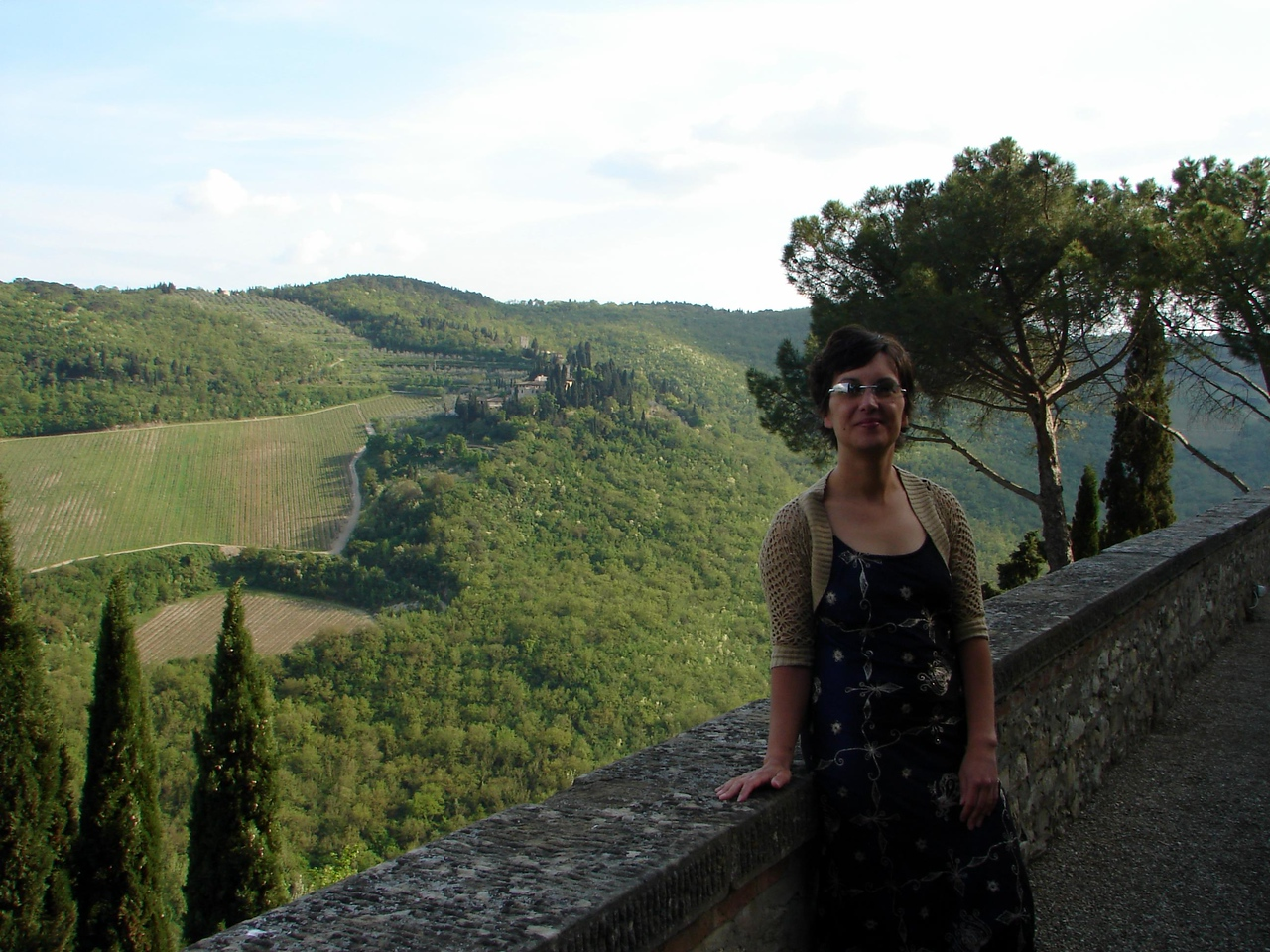 Yep....how could you not like the view. This is the evening of our arrival...getting ready for a wine tasting/Tuscan banquet.