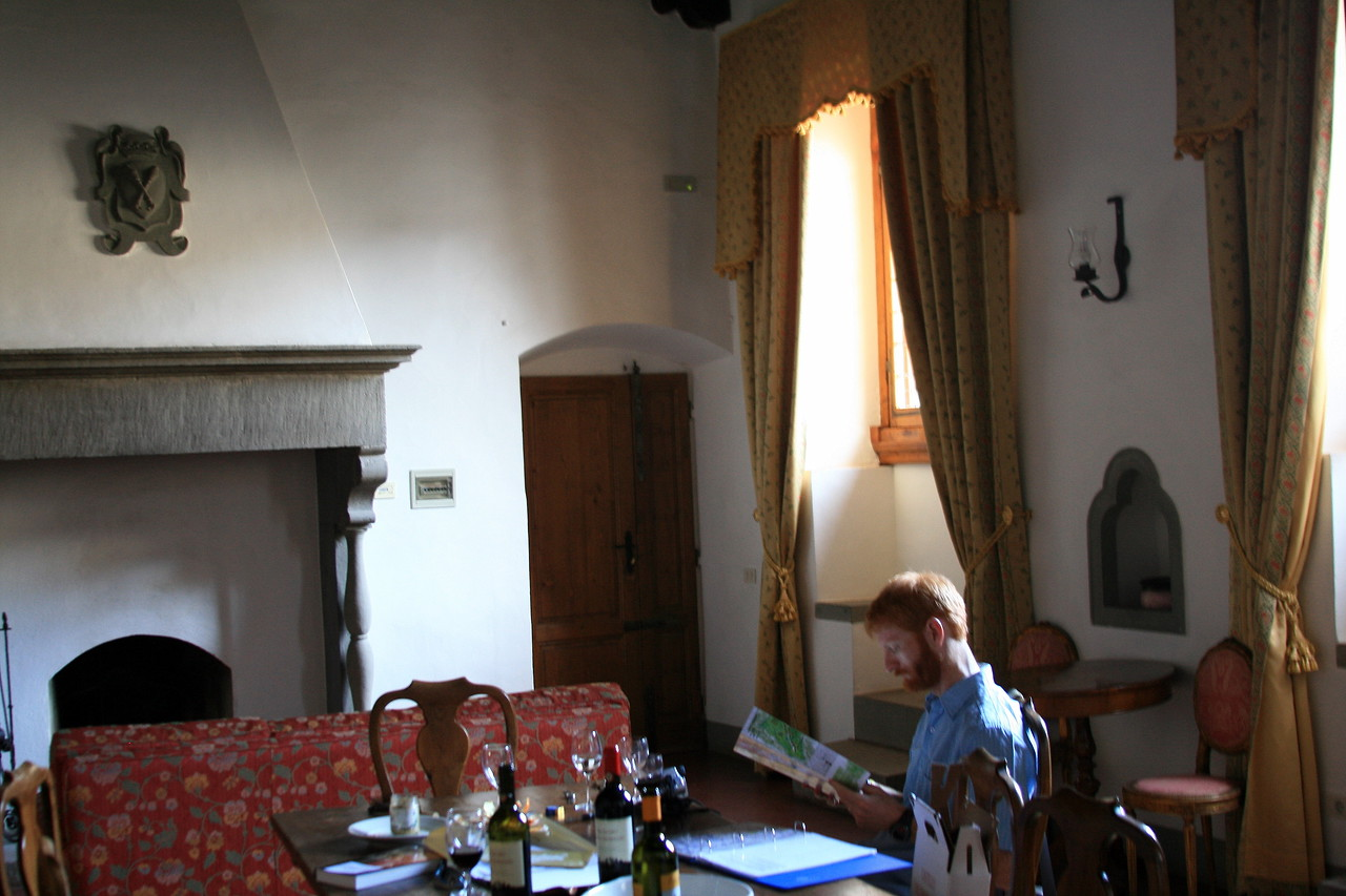 Our modest grand room in Greve.