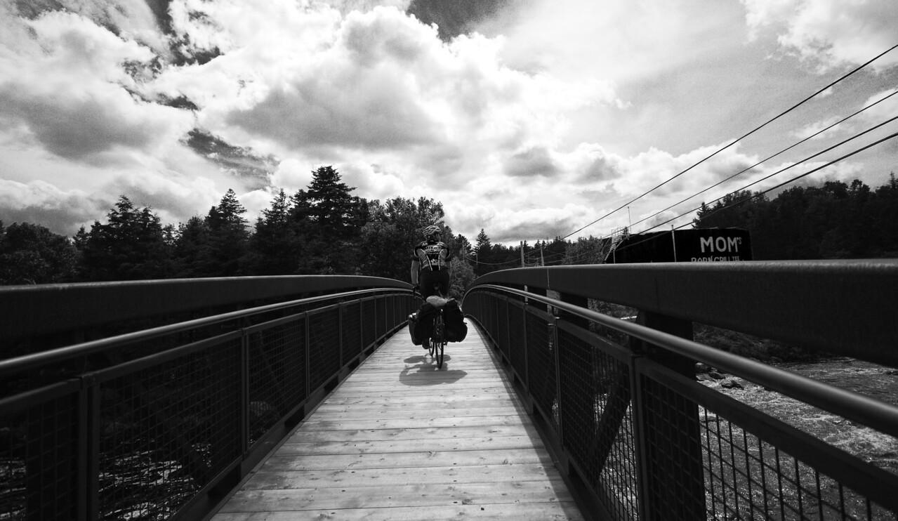 A Walking bridge downtown