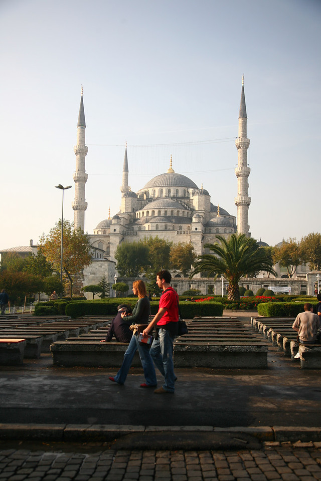 Good morning! I am in Istanbul for the next five days so here we start- the Blue Mosque in center of the city.