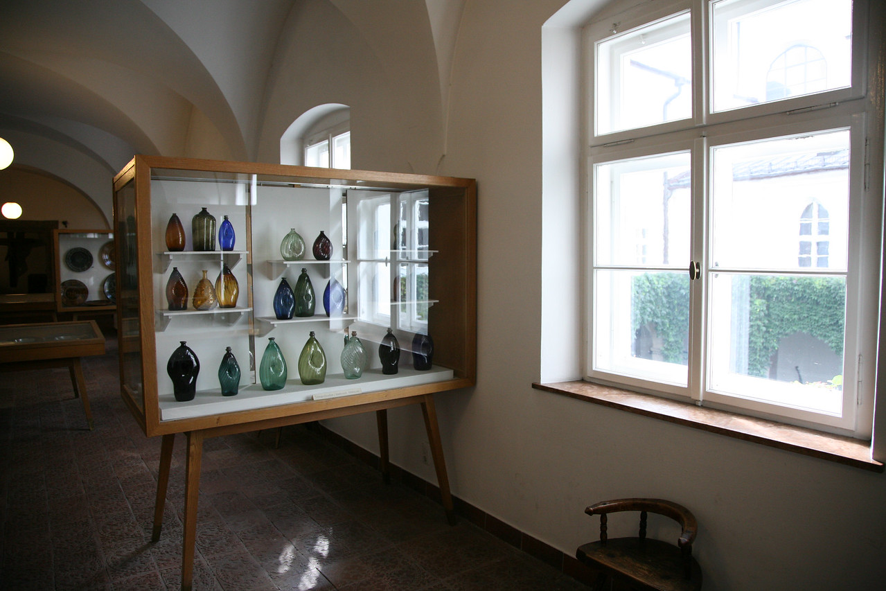 """When I got back down into Innsbruck I went for a change of pace and went to the Volkskunstmuseum. It was exactly what I expected, lots of """"Austrian"""" objects."""