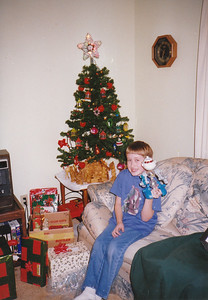 Billy at Mom's - Christmas 1997