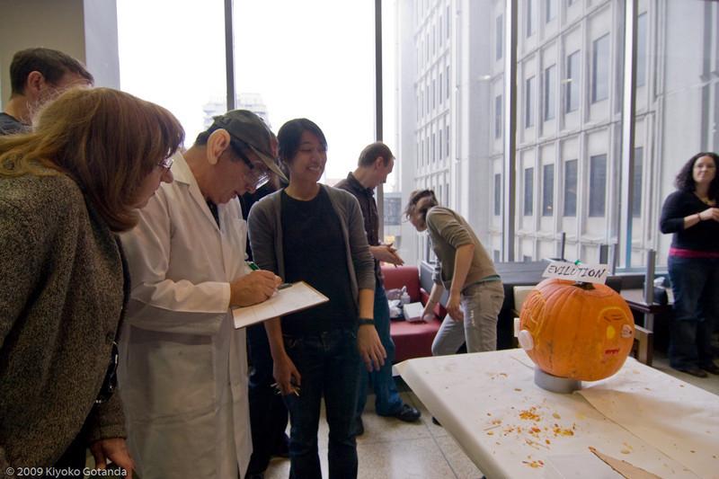 Susan and Frank judge the pumpkins....