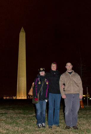 Jonathan and family at the Washington Monument