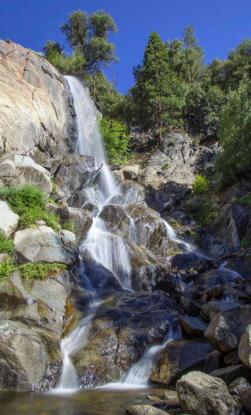 Grizzly Falls, along the road in Kings Canyon