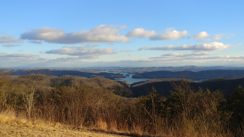 Looking south from Veterans (Bean Station) Overlook, in NE Tennessee