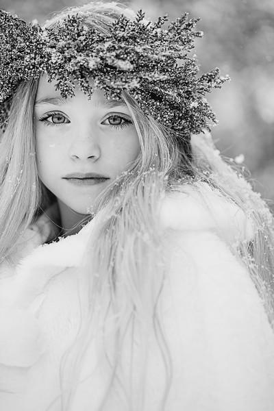 Blue Winter halo Ruby  bw