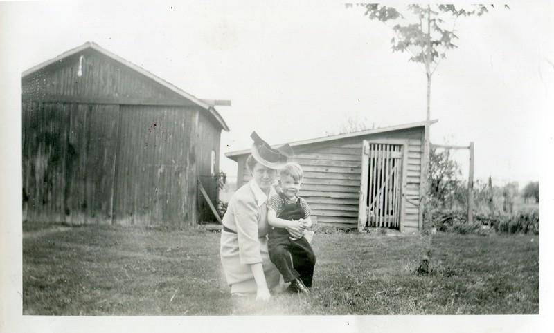 1942 (4)