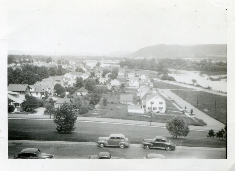 1942 view from Ideal Hospital