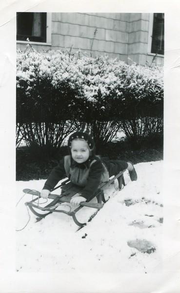 1948 Marlene at Aunt Florences November 29