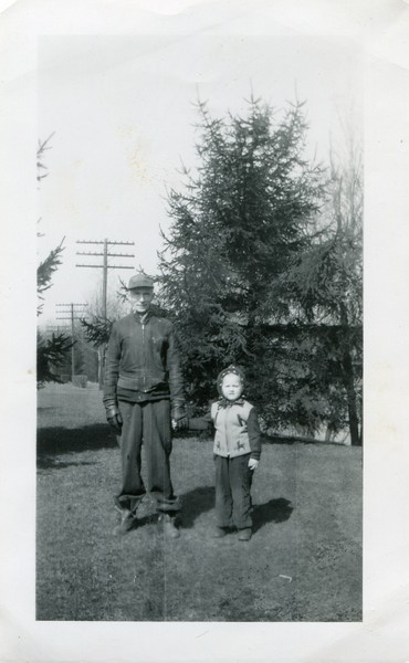 1949 Marlene and Slim at Little Park between Salamanca and State Park March