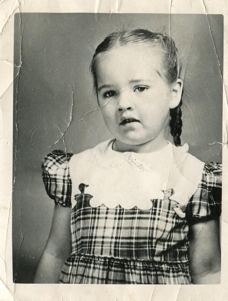 Marlene VanDeventer 5 years old in Kindergarten