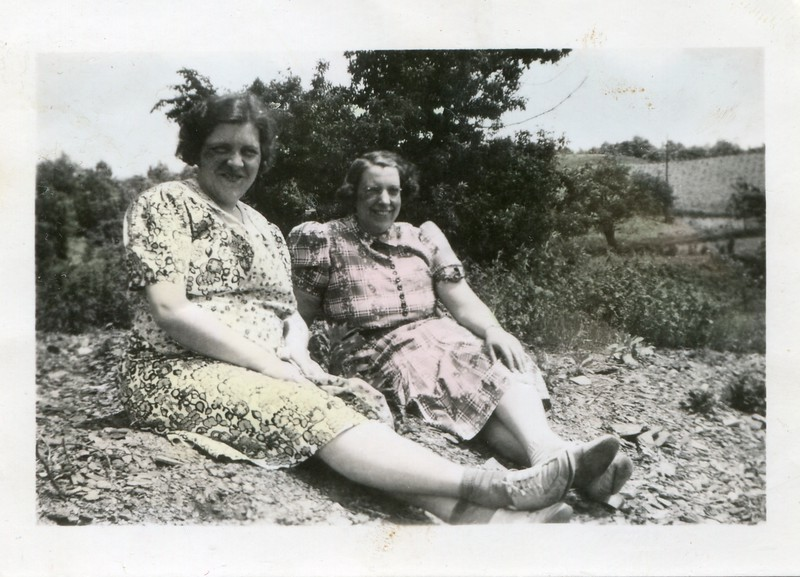 Alice and Helen Hollenbeck 2