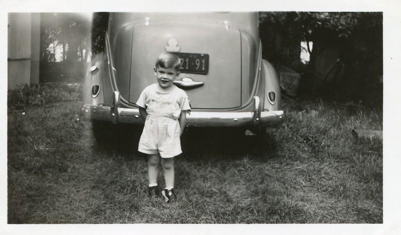 1943 August Robert VanDeventer