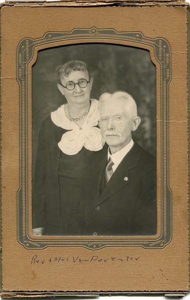 Edwin and Ruth VanDeventer 4