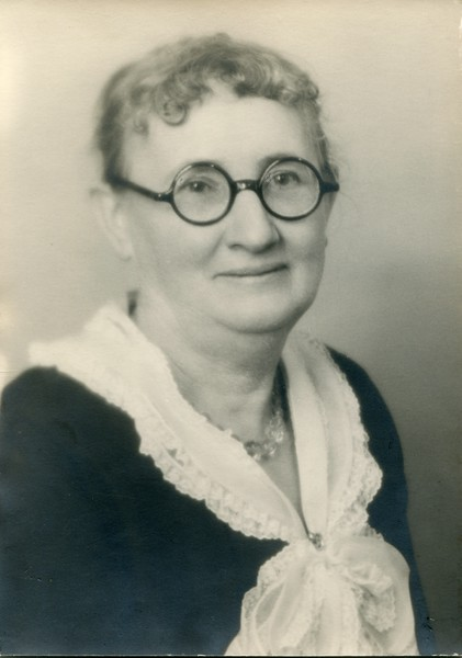 Ruth Edna VanDeventer