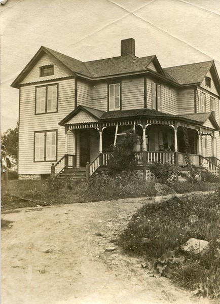 Frank and Clara Waugh home