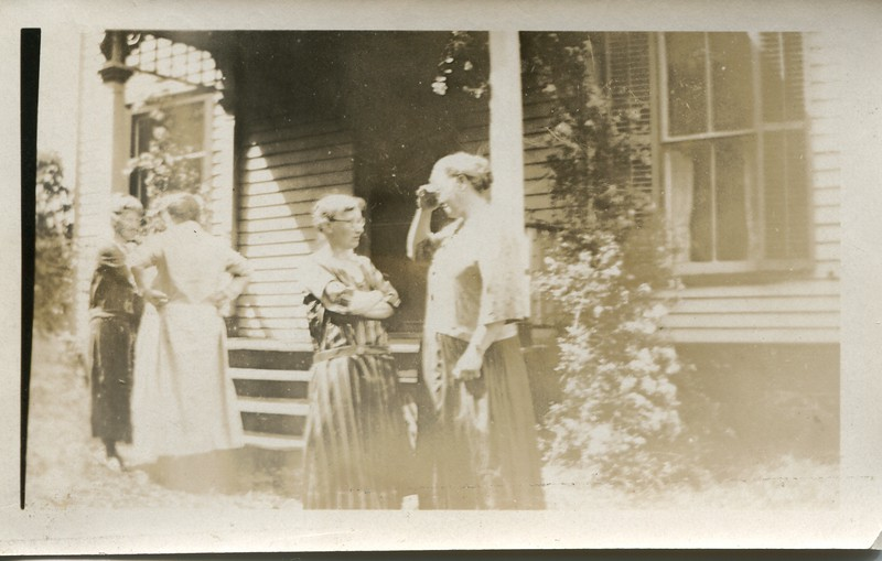 Ruth VanDeventer at her home in Moreland with Lida Hillermon