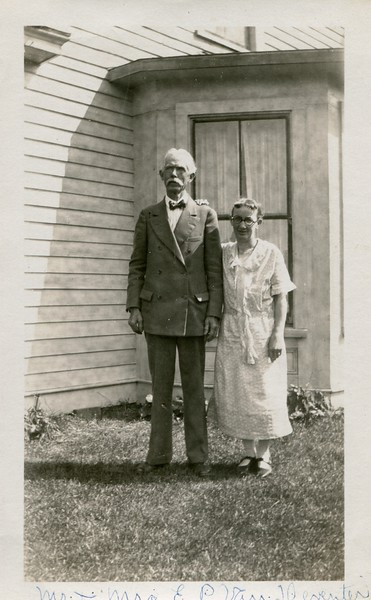 Edwin and Ruth VanDeventer at home