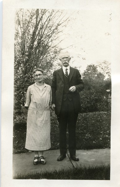Edwin and Ruth VanDeventer (2)