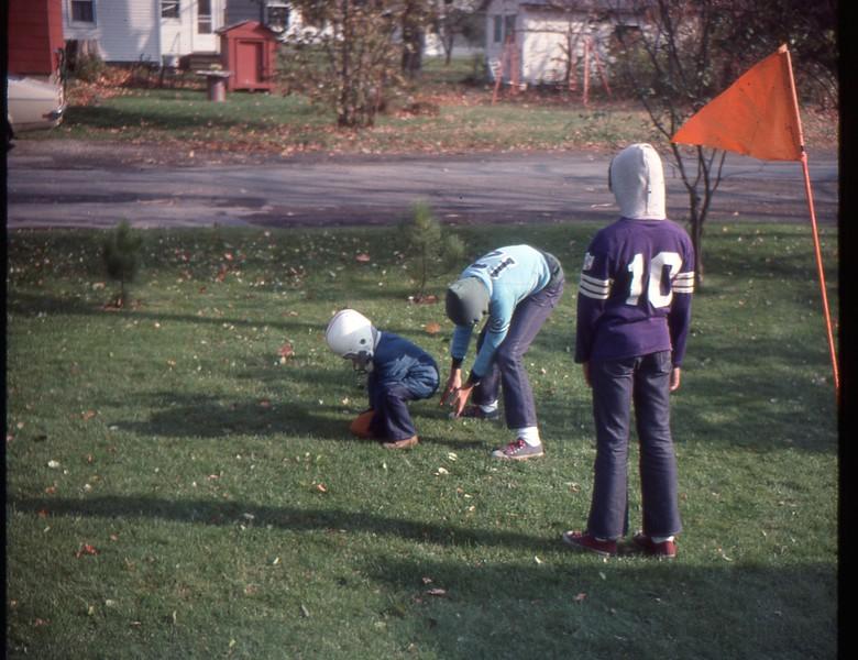 Oct 76 (2)