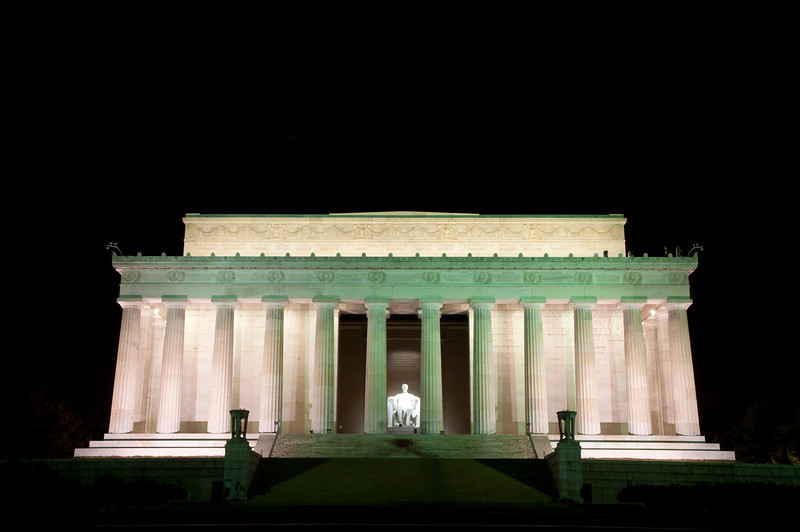 5am shot of the Memorial to beat the crowds.