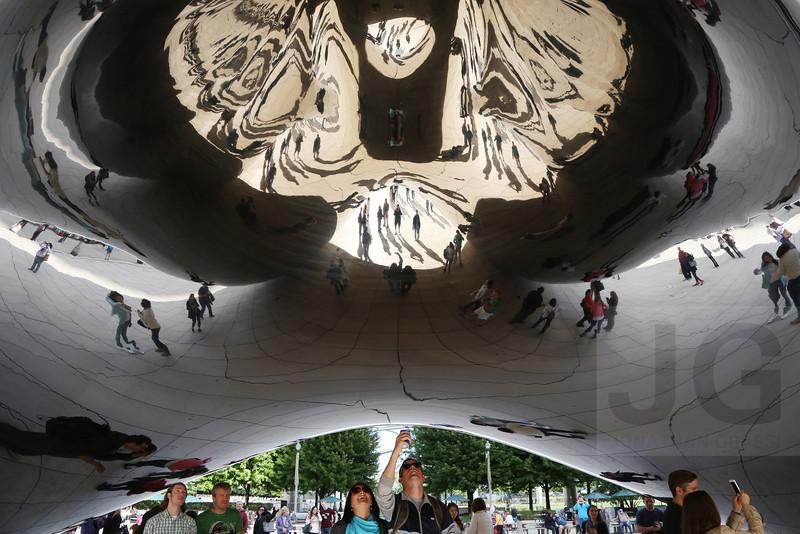 Anish Kapoor's Cloud Gate at Millennium Park<br /> Chicago, Illinois - 09.17.13<br /> Credit: Jonathan Grassi