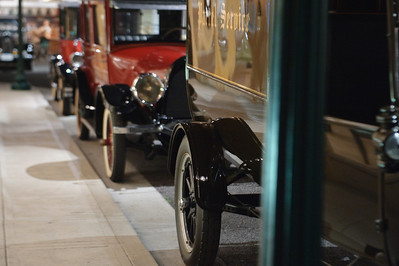 08_09_20 petersen car museum 0082