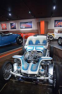 08_09_20 petersen car museum 0356