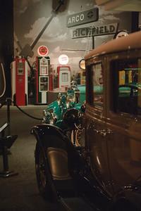 08_09_20 petersen car museum 0101