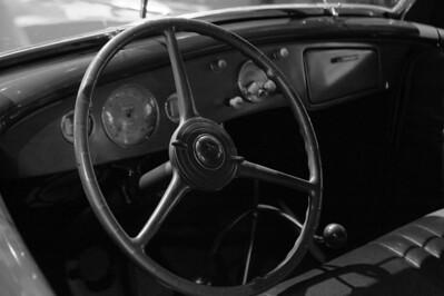 08_09_20 petersen car museum 0192