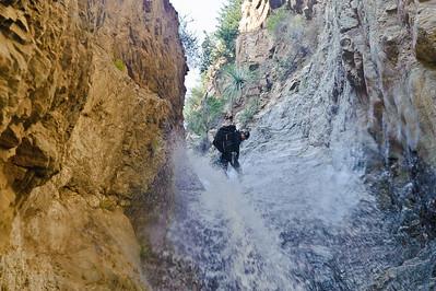 10_04_10 canyoneering Eaton Canyon 1000