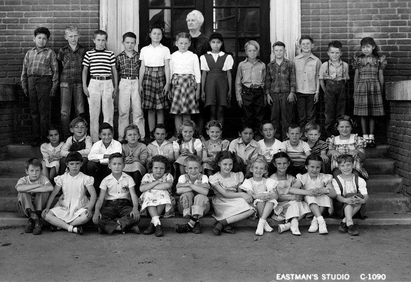 Lani's 3rd Grade Class (She is 2nd from the Right in the Front Row)