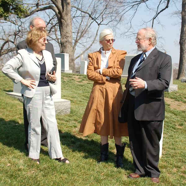 Lani, Emmett, Kathy & Steve  at Burial Site of Grandparents Reuben & Caroline Boyd (2007)