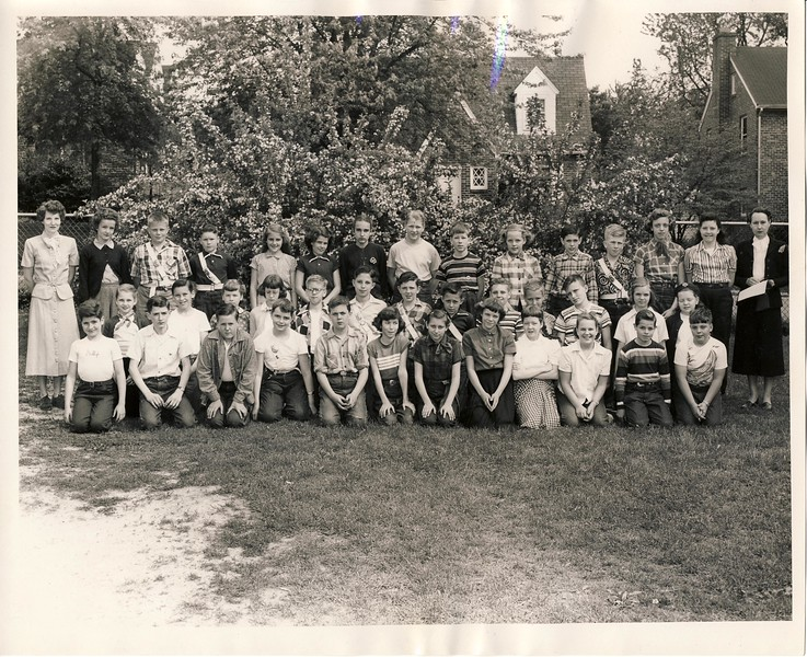 Woodlawn Elementary 6th Grade Class. Judy is 2nd Row. 3rd from the Left.