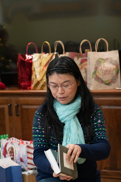 Yingxia Explores Her Gift