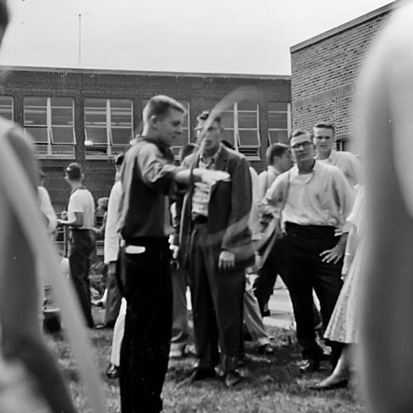 142 1958 Hula Hoop Bob Keyes