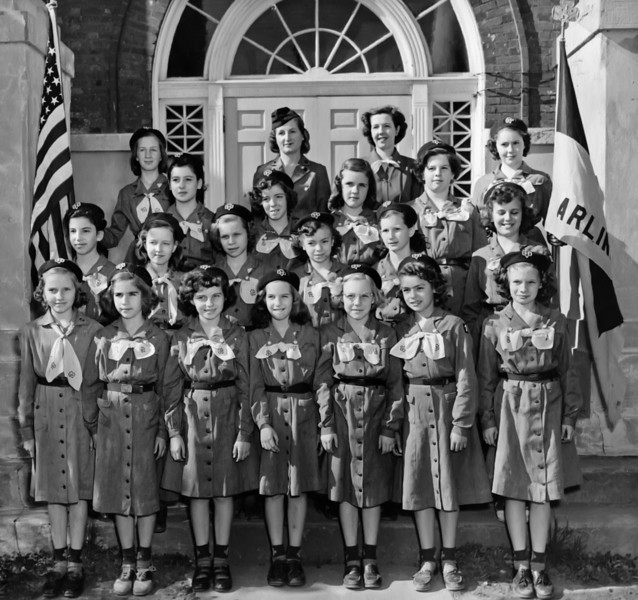 020 1953 Girl Scouts