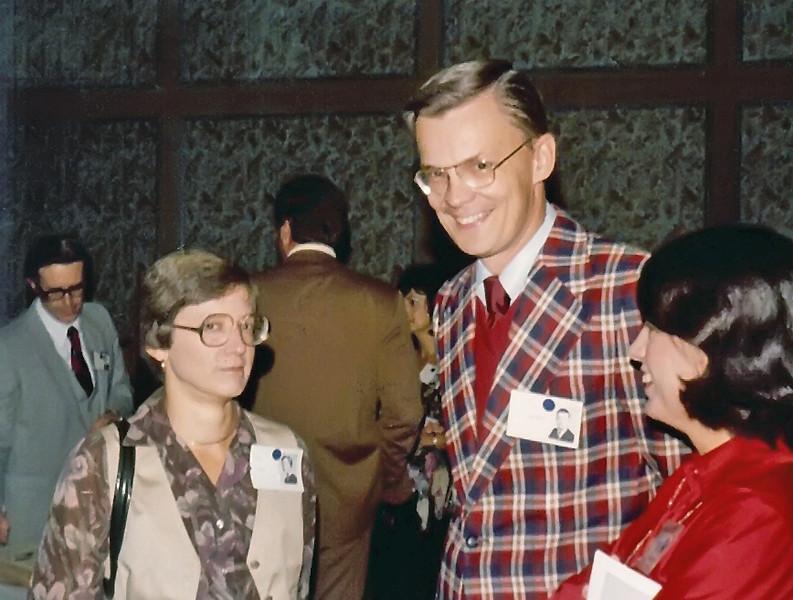 219 1979 20th Reunion Helen Suitter, David Hjortsburg