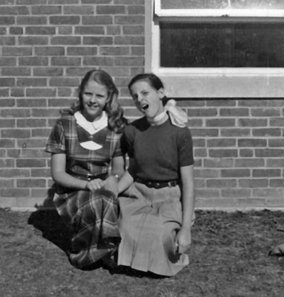 038 1954 Judy Aux & Janet Ursin