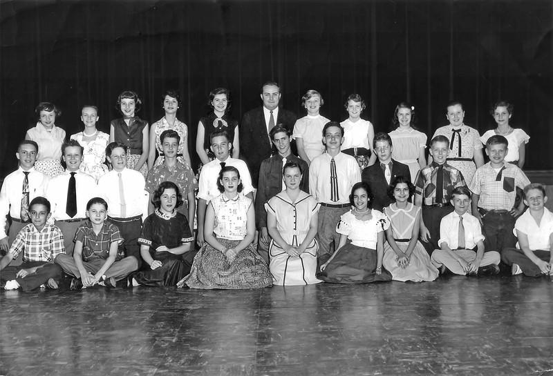 067 1954 Stratford 7th > Wmsburg 8th