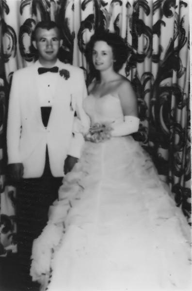 194 1959-06 Prom Pat Davis
