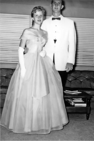 192 1959 Prom Judy Aux Paul Weyendt
