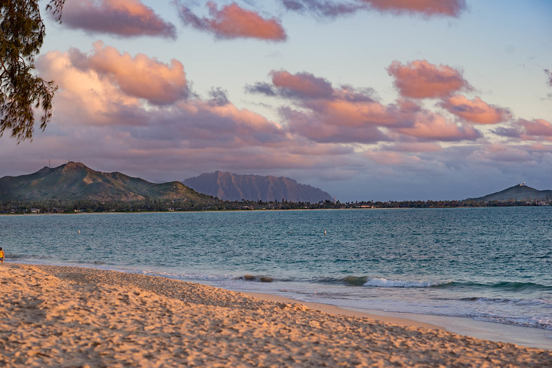Wailohole Pali from Kailua Beach Park