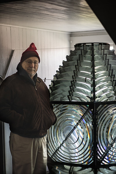 Bob by the 2nd Order Fresnel Lens