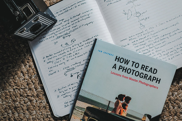Book Love How to Read a Photograph
