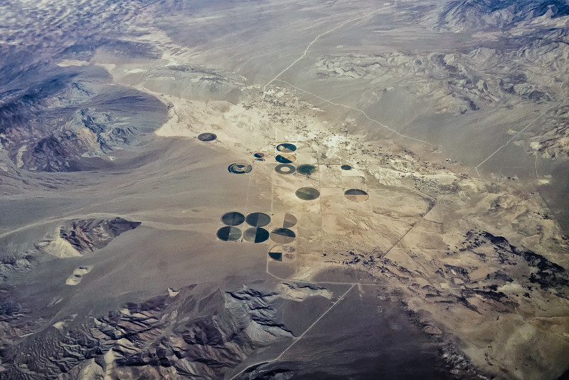 Farms in the Middle of the Desert