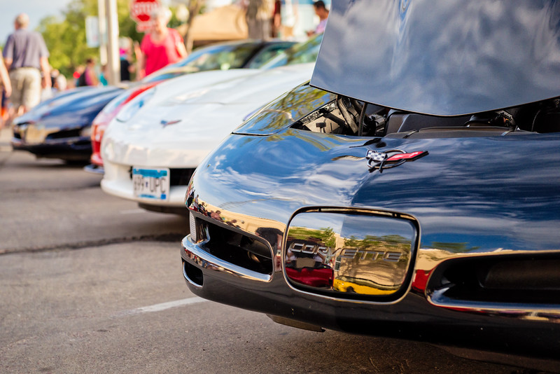 Corvettes Line Up