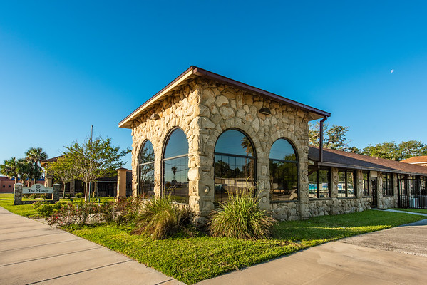 The Holly Hill State Market - Holly Hill, FL